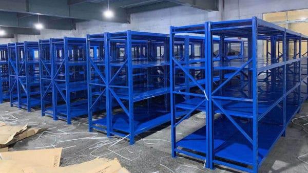 ชั้นวางเหล็ก-โรงงานการผลิต-1-600x338